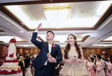 Edwin and Cindy Wedding at Mandarin Oriental by Fernand Chrisgerald