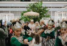 Wedding Pindad by Alecsander BrideStory