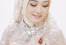 Laras & Fajar Wedding Session by martialova photoworks