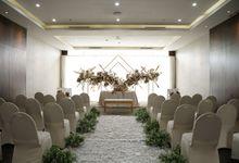 Holy Matrimony At Veranda Hotel by Fiori.Co