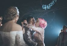 Dee & Yogy Wedding Reception by: Gofotovideo by GoFotoVideo