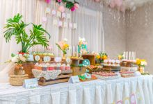 Flamingo Topical Dessert Table Showcase by LA BONNIE PASTRIES PTE. LTD.
