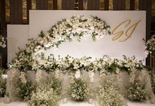 Suhawi & Ise Wedding At Ayana Mid Plaza Hotel by Fiori.Co