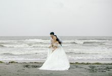 Charles & Bea - Rainy Zambawood Pre Wedding Photos by Rule of Thirds by Jr Salonga Photography