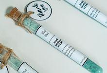 Blue Vanilla Scent Crystal Foot Salt Souvenir by Giftscape