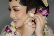 Ms.Natasya ,Solo Putri by Dita.tanmakeupartist