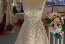 Bird flower Aline wedding dress by iLook ( Makeup & Couture )