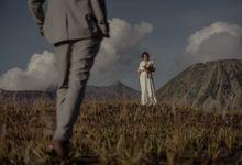 Couple Destine & Yogik by Samasta Photography
