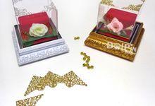 Kotak Cincin Frame Tutup Mika +Hiasan Sudut/FCP by Dolpin Wedding Gallery