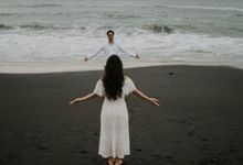 Couple Session Aris & Detha by Naya Photography