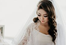 The Wedding of Hendy & Wenny by Memoira Studio