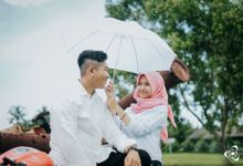 PRE - WEDDING PHOTO by PoetretPicture.id
