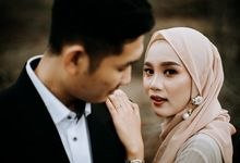 Prewedding outdoor session Bagus and Ayi by Alethaproject