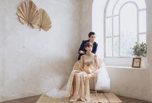 Indoor Prewedding - Esther & Dany by Loka.mata Photography