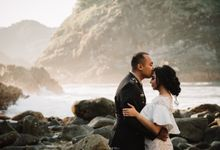 Semeti Beach Couple Session of Desi & Gogor by KIOKU VISUAL