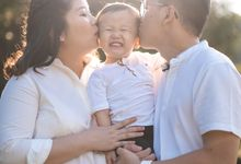 Maternity and Family Shoot (Peiyi and Family) by TLGraphy