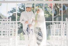 the wedding of Arini and yanta by Royal Hotel Wedding Group