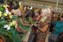 Pengantin Sunda Putri Muslim by Az-zahra Professional Wedding Services