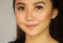 Caca's Natural Party Makeup and Hair by Stefanie Soe MUA & Hairstylist