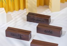 Customized Wooden Photo Holder for Brands by Dekornata