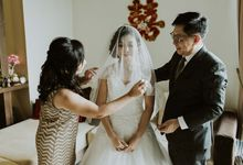 Tasia & Chin Yan sneaks by The Beautiful Moment Photography