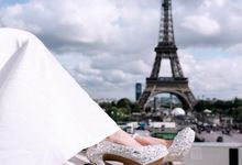 Wedding Photo-shoot at Eiffel Tower by SLIGHTshop.com