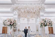 International Wedding of Edi & Indira by  Menara Mandiri by IKK Wedding (ex. Plaza Bapindo)