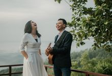 Yohanes & Stevie by unravel photograph