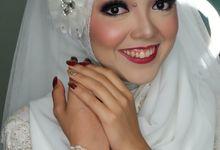 Diaswari & Median Wedding by Nayah Make Up Artist