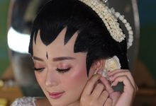 The Wedding of Deva & Yose by Mayrindra Makeup Artist