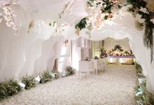 The Wedding of Eric & Cindy - Ritz Carlton Kuningan Ballroom by The Swan Decoration