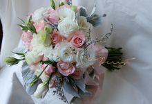 Wedding Flowers by Poerist Flower Works