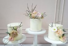 Mini Wedding Cakes by Ame Cakery