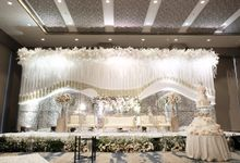 Herry Rika Wedding by The Swan Decoration