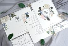 RICKY HEIDI FLORAL INVITATION by Mille Paperie