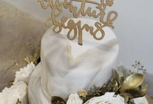 Three Tiered Marble Cake with Sugar Flower by KAIA Cakes & Co.