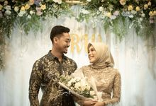Engagement of Rima and Widi by Saturasi Moment