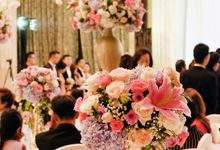The Wedding of Adrian Silviany - Kempinski bali Room by The Swan Decoration