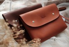 Pouch clutch by VAIA