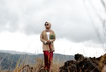Ali & Riris Couple Sessions by Temu Kelana