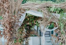 Beach Rustic Simple Boho in Alecia & Valentino Wedding by Bali Flower Decor