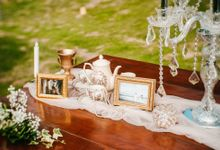 Elegant Wedding by Bali Izatta Wedding Planner & Wedding Florist Decorator