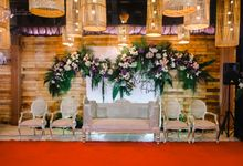 INTIMATE  WEDDING DECOR by Omah Pengantinku