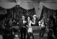 The Wedding Day of Devy Fadli by D'soewarna Wedding Planning & Organizer