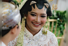 The Religious Wedding Ceremony of Annisa Ganesha by D'soewarna Wedding Planning