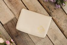 Pouch Exclusive Wedding Souvenir by Sooveneer