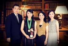 graduation & Family+glamour  Photography by Xin-Ai Bride