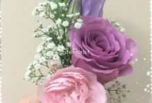Fuschia purple theme by Ste Florist