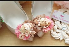 Flowery Shoeclips by Cherry's  Handmade