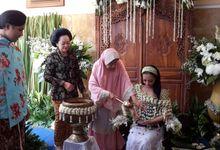 Mitoni (Tingkepan 7 Bulanan)  Annisa by Arum Ndalu Sanggar Rias Pengantin